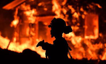 گزارش تصویری از آتش ویرانگر کالیفرنیا