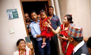 دخترکی که الهه زنده نپال شد