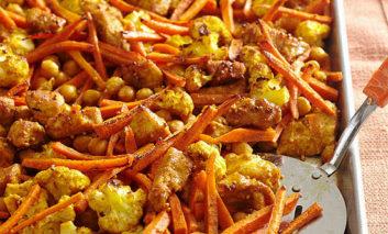 مرغ سوخاری هندی با نخود و سبزیجات