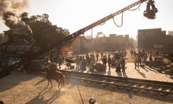 مجروح شدن یکی بازیگران فصل دوم وست ورلد برنامههای فیلمبرداری سریال را تغییر داد