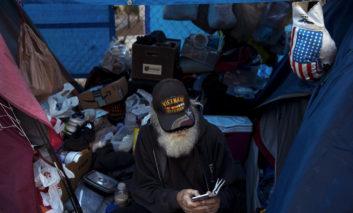 فاجعه در امریکا: بحران بیخانمانی و کارتنخوابی