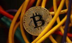 """معمای پول سایبری """"بیت کوین""""، برهم زننده معادلات مالی جهان"""