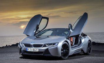 مدل جدید i8 میتواند تعریفی جدید از یک خودرو سوپر اسپورت باشد!