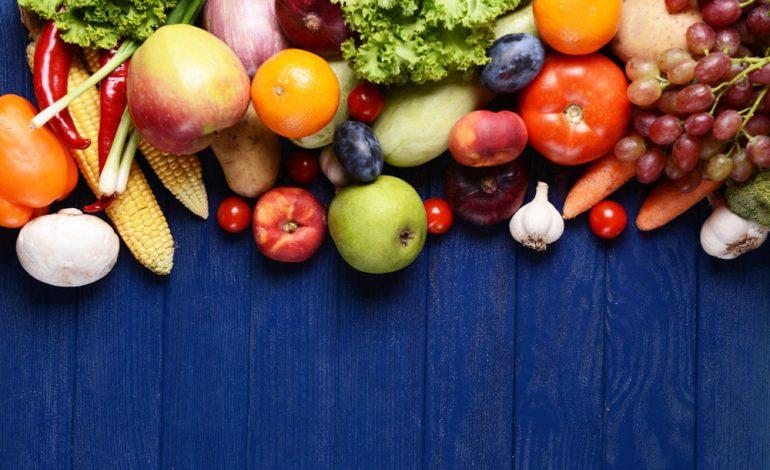 مواظب باشید… حتی میوه زیادی هم شما را چاق میکند!
