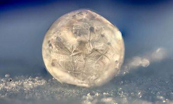 دنیایی سردتر از یخ!