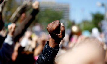 گزارش تصویری از راهپیمایی گسترده زنان علیه دونالد ترامپ و سیاستهای او