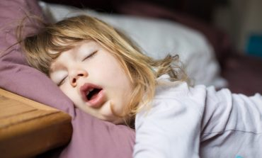 ۹ روش خواباندن بچههای بازیگوش