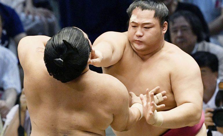 کشتیگیران سومو چطور این قدر چاق میشوند؟