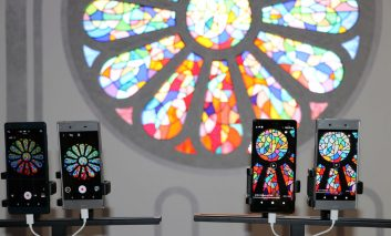 معرفی ماژول دوگانه دوربین ISO 51200 و ISP سونی در کنگره جهانی موبایل ۲۰۱۸