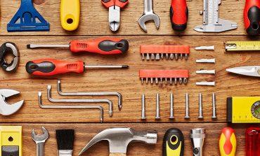 ۱۰ ابزار ضروری که باید در خانه داشته باشید