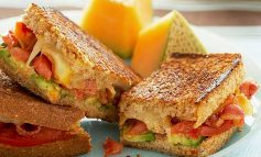 ساندویچ ژامبون و پنیر کبابی