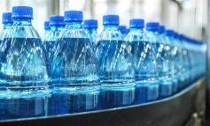 آیا باید نگران ریز ذرات پلاستیکی در آب آشامیدنی باشیم؟