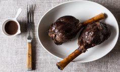 گوشت بره با سس به و انار