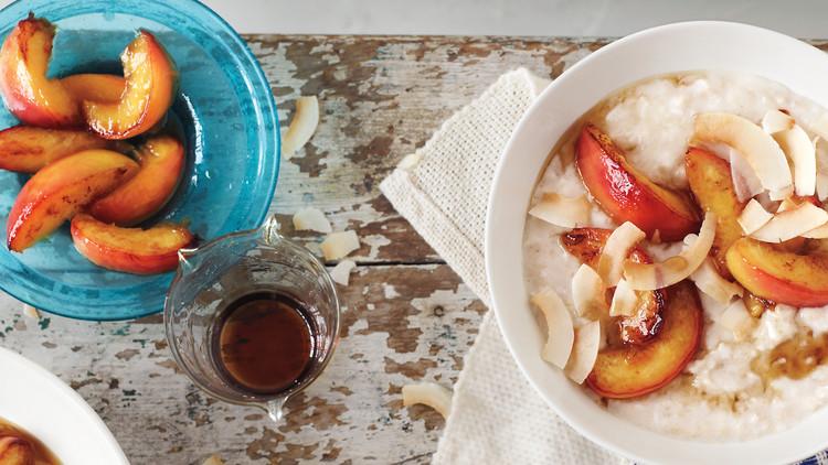 پودینگ نارگیلی صبحانه با شلیل