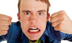 ۱۲ نکته برای کنترل خشم نوجوانان