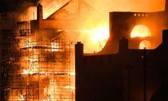 شعلههای آتش مدرسه هنر گلاسکو اسکاتلند را در بر گرفتند!