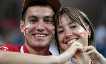 یک جام و یک جهان: تونس – انگلیس