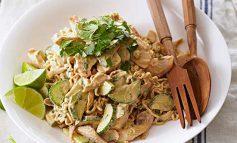 طرز تهیه سالاد مرغ تایلندی