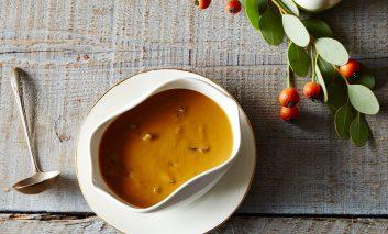 طرز تهیه سوپ قارچ و آویشن