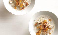 طرز تهیه برنج گرم با آجیل و کشمش