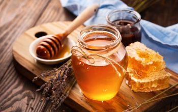 ۱۰ تاثیر شگفت انگیز عسل بر پوست و مو