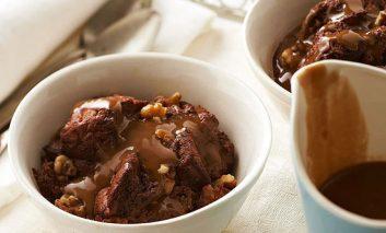 طرز تهیه پودینگ گردو و شکلات
