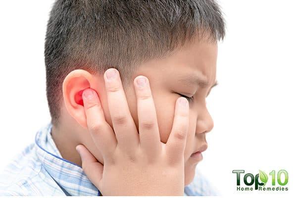 گوش کودکتان درد میکند؟ میتوانید به راحتی درمانش کنید