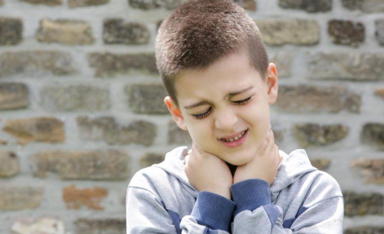 چگونه گردن درد فرزندانمان را از بین ببریم؟