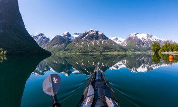 قایقرانی در مسیر آبدرهها و دریاچههای مدهوشکننده نروژ