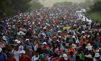 کاروان مهاجران هندوراسی در مسیر امریکا به مکزیک رسیدند