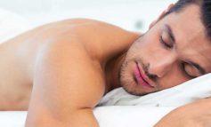 ۱۰ مزیت بدون لباس خوابیدن!