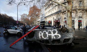 حال ناخوش این روزهای پاریس در شورش جلیقه زردها
