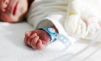 آزمایش توالی ژنتیکی نوزادان: چه اندازه آگاهی و  اطلاعات کافی است؟!