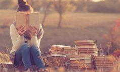 ۸ روش ساده برای اینکه کتاب خواندن جزئی از عادات روزمرهتان شود