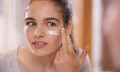 خرید بهترین کرم و لوسیونها برای پوستهای حساس