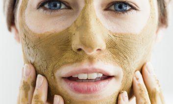 تهیه خانگی بهترین ماسکهای صورت: پوستهای خشک و ترک خورده