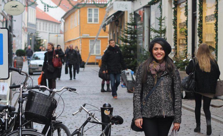 چطور پدر و مادرمان را برای سفر رفتن بدون آنها قانع کنیم؟