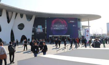 بارسلون، اسپانیا: غرفه سامسونگ در کنگره جهانی موبایل ۲۰۱۹