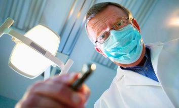 ترس از دندانپزشکی: چگونه با درد آن مقابله کنیم؟
