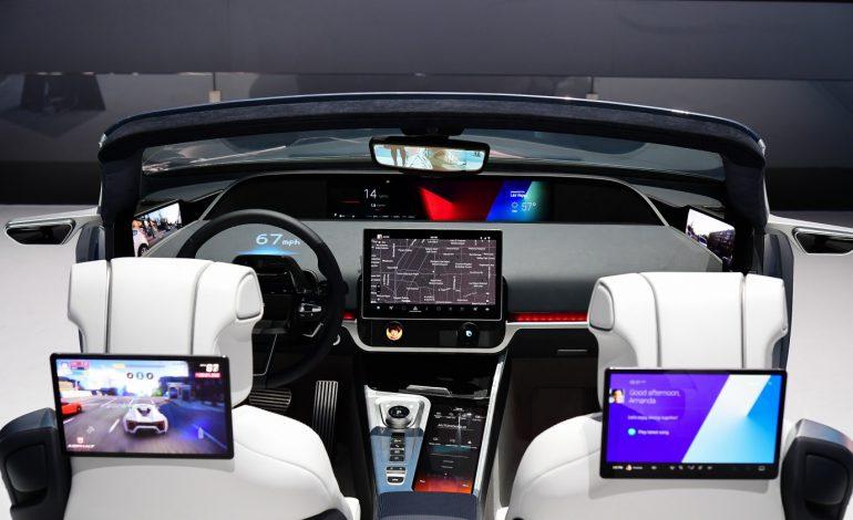 اتاق خودروی هوشمند مبتنی بر ۵G سامسونگ معرفی شد
