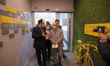 بازدید رئیس ستاد مقابله با کرونا استان تهران از مرکز فناوری سامسونگ-امیرکبیر