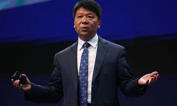 سرمایهگذاری هوآوی روی شرکتهای چینی برای ساخت چیپست