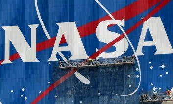 ناسا با کمک نوکیا شبکه 4G را در کره ماه راهاندازی میکند