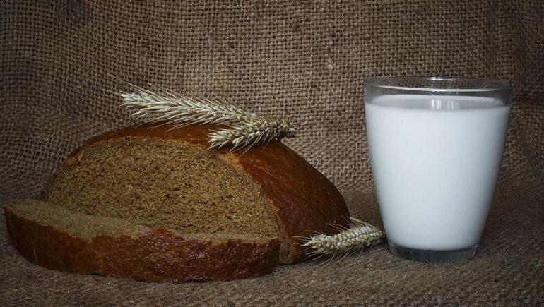 برای مقابله با کرونا ویتامین دی را به شیر و نان اضافه کنید