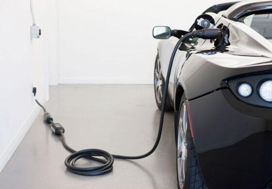 ساخت باتری تازهای برای خودروی برقی که فقط در ۵ دقیقه شارژ میشود