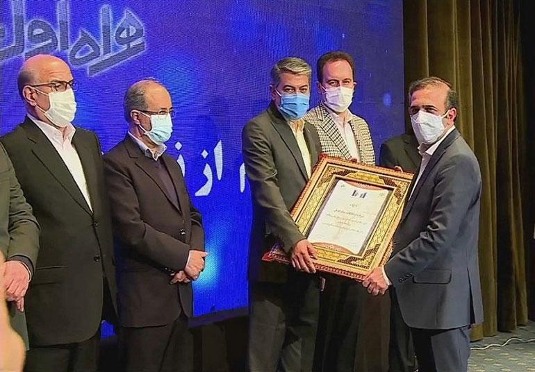 درخشش همراه اول در آخرین رتبهبندی شرکتهای برتر ایران