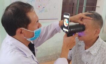 تبدیل گلکسیهای قدیمی سامسونگ به دستگاه بررسی سلامت چشم