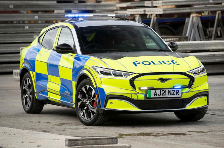 پلیس میشیگان به انجام آزمایشهای سخت ماشینهای پلیس مشهور است