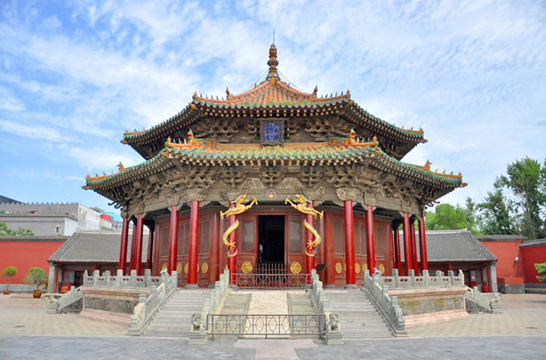 The Mausoleum of Light: The Northern Imperial Tomb