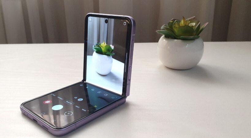 بررسی فوت و فن: Galaxy Z Flip 3